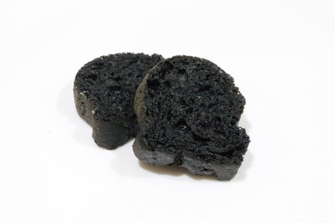 竹炭のビアブレット